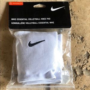Brand new nike volleyball knee pads